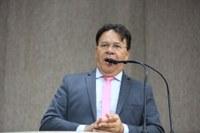 """""""A SMTT não funciona em Aracaju"""", repudiou Pastor Alves"""