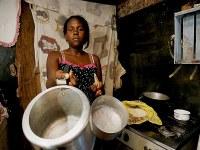 """""""Aracaju precisa de Renda Básica para que mais pobres não morram de vírus nem de fome"""", diz Ângela Melo"""