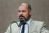 """""""Quebra-molas: Risco e construção inapropriada"""", diz vereador Isac"""