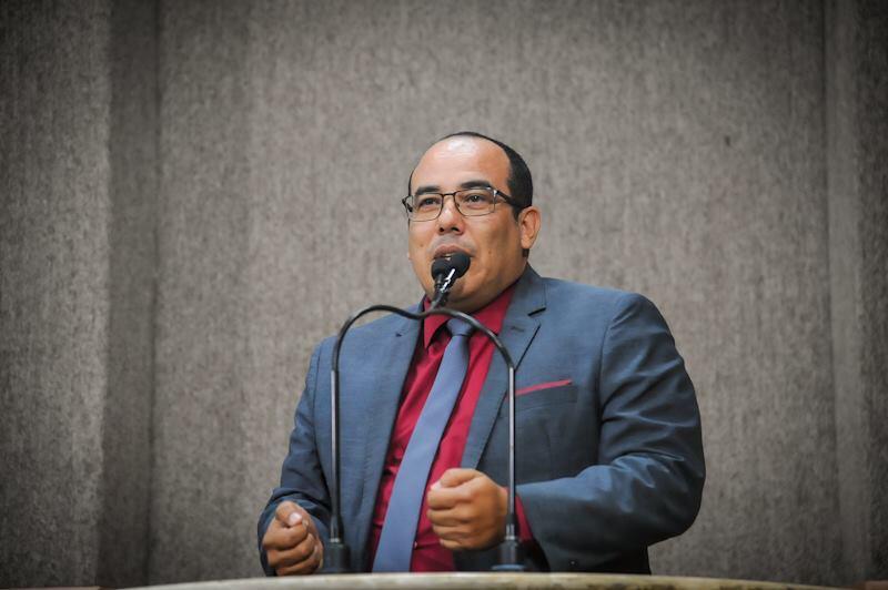 """""""Quem mamou na vaca, não queira correr"""", alertou Cabo Amintas aos aliados do prefeito"""