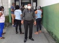 Américo volta à UBS Augusto César Leite para verificar se doses de vacinas já estão disponíveis