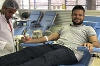 Anderson de Tuca realiza segunda campanha de doação de sangue
