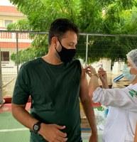 Anderson de Tuca tomou a primeira dose da vacina contra Covid-19
