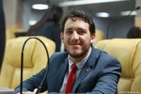 Camilo Lula comemora aprovação de entrega do título de cidadão a Fernando Haddad