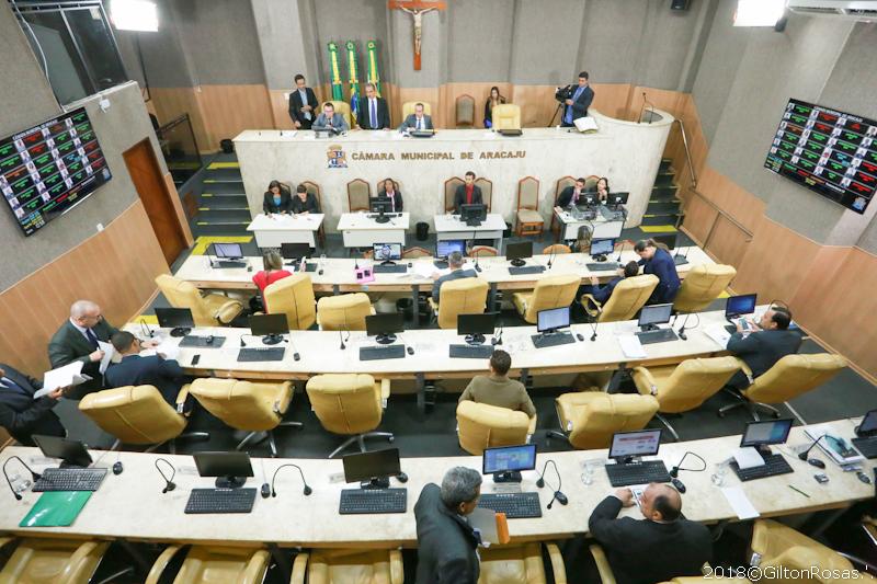 Câmara retoma trabalhos legislativos nesta terça, 19
