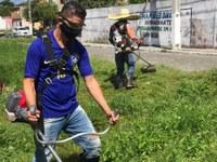 Depois de comprar equipamentos, Soneca executa serviço de limpeza no Veneza