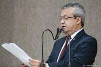 Elber comemora aprovação do Projeto da Lei das Fachadas