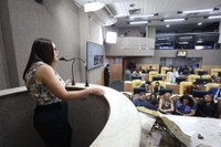 Secretária da Saúde faz balanço da sua gestão em Audiência Pública na CMA