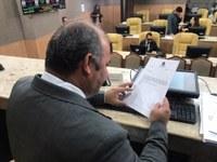 Isac apresenta PL que proíbe a retenção de macas em ambulâncias públicas ou privadas