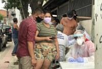 Palhaço Soneca elogia Prefeitura de Aracaju por testes de coronavírus no São Carlos
