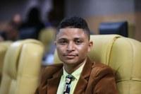 Palhaço Soneca vota a favor da isenção do IPTU para pessoas de baixa renda