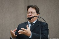 Pastor Alves fala sobre importância no combate à pedofilia