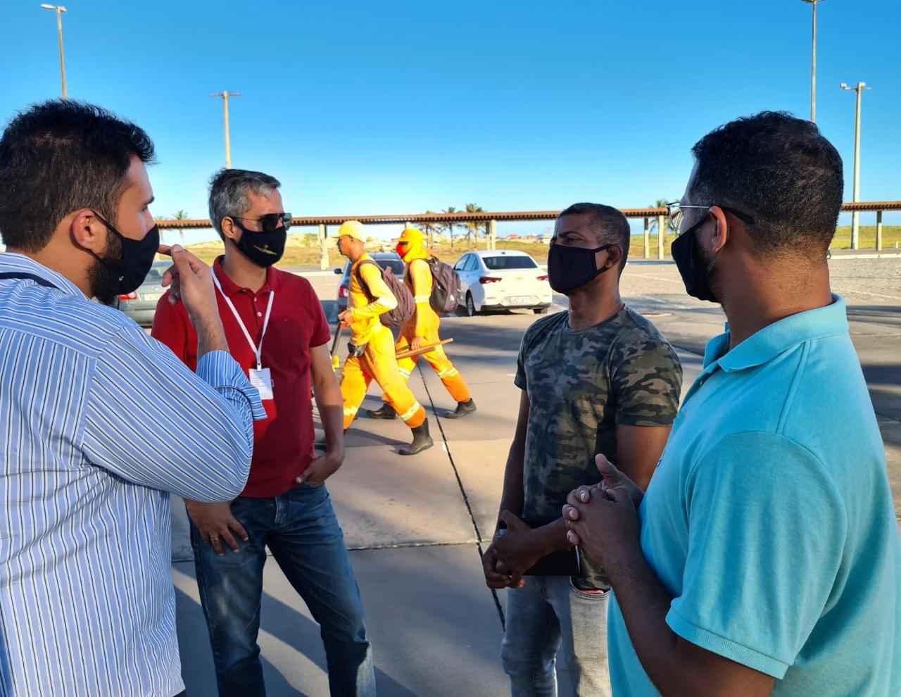 Sargento Byron: vereador se reúne com técnicos da Emsurb para discutir manutenção de espaços esportivos da Orla