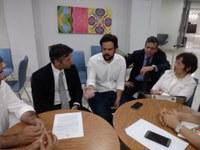 Thiaguinho discute situação dos servidores do INSS em Sergipe