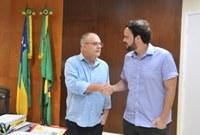Thiaguinho se reúne com Belivaldo para tratar demandas