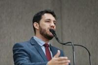 Vereador Camilo defende direito à água e ao saneamento básico