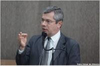 Vereador Iran Barbosa apoia a greve do Magistério municipal