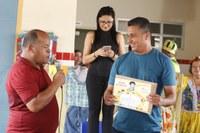 """Zezinho do Bugio recebe certificado de Honra do Mérito """"Jackson do Pandeiro"""""""